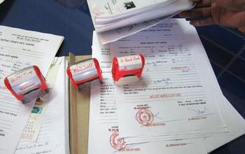 Phát hiện nhiều vụ mua bán giấy khám sức khỏe, giấy ra viện giả trên mạng xã hội