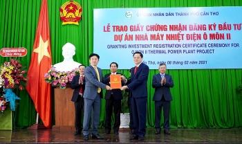 Cần Thơ: Trao Giấy chứng nhận đăng ký đầu tư dự án trị giá 1,3 tỷ USD