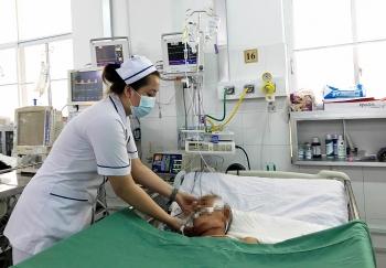 Cần Thơ: Cứu sống bệnh nhân ho ra máu thập tử nhất sinh