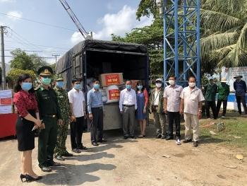 Đồng Tháp hỗ trợ kiều bào 2 tỉnh Kandal và Prey Veng (Campuchia) phòng, chống Covid-19
