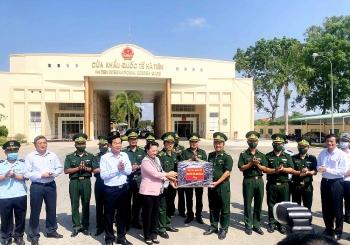 Chủ tịch Quốc hội đánh giá cao công tác phòng chống dịch bệnh Covid-19 của TP Hà Tiên