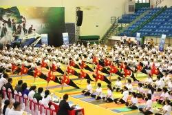 tren 700 nguoi tham du ngay quoc te yoga tai can tho