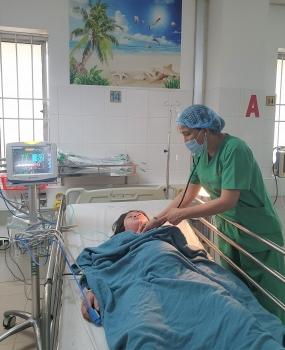Cần Thơ: Phẫu thuật cứu sống mẹ con sản phụ bị tim bẩm sinh tím nặng