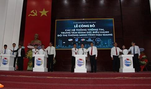 hau giang cong bo he thong thong tin trung tam giam sat dieu hanh do thi thong minh