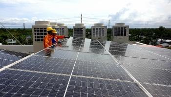 Điện mặt trời mái nhà phát triển mạnh tại miền Nam
