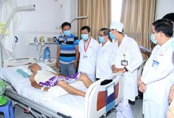 Chủ tịch UBND TP Cần Thơ thăm nạn nhân, gia đình có người thân tử vong do TNGT