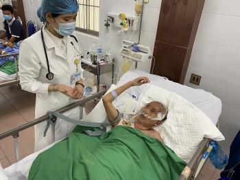Cứu sống 2 bệnh nhân xuất huyết não do vỡ túi phình nguy kịch tại Cần Thơ