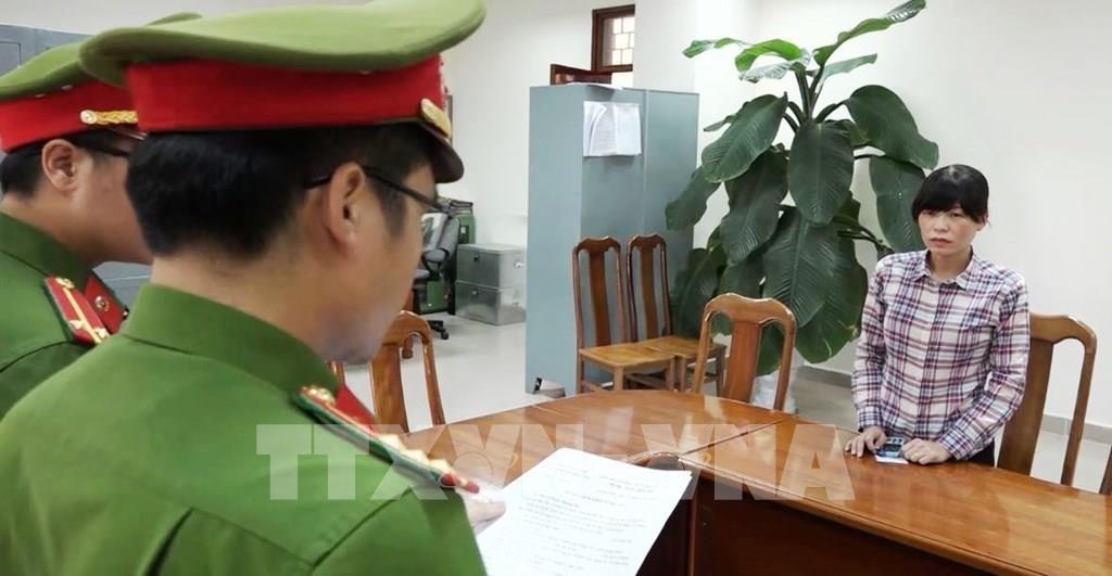 quang binh khoi to nu giam doc tron hang tram trieu dong tien thue