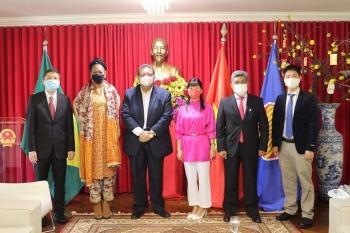 Việt Nam mong muốn tăng cường hợp tác với Surinam và Bolivia trên mọi lĩnh vực