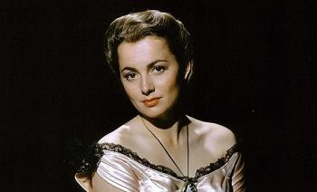"""Huyền thoại điện ảnh  """"Cuốn theo chiều gió"""" Olivia De Havilland qua đời ở tuổi 104"""