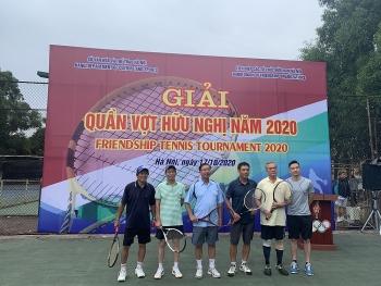100 tay vợt không chuyên tham gia Giải đấu quần vợt hữu nghị 2020