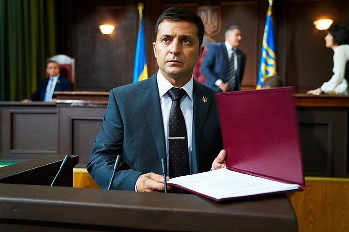 tan tong thong ukraine voi moi quan he voi nga