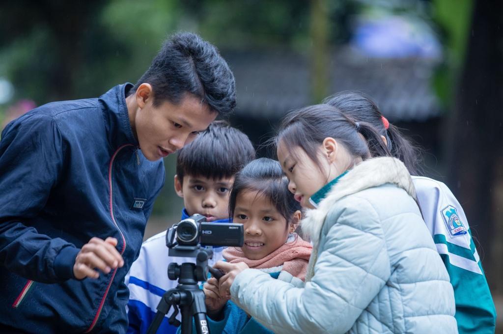 childfund giup 250 tre em dan toc thieu so tham gia lam phim