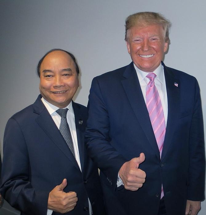nhung hanh dong thu vi cua tong thong trump tai ngay dau tien hoi nghi g20