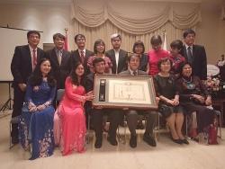 Giám đốc Trung tâm Ngôn Ngữ và Văn hóa Nhật Bản Nam Định nhận Huân chương mặt trời mọc từ Nhật Bản