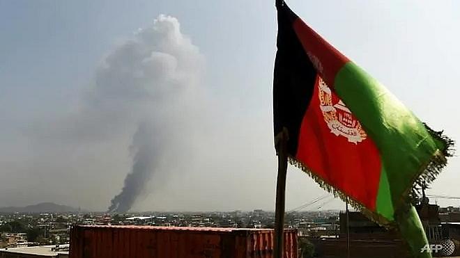 ly do ong trump huy bo dam phan hoa binh bi mat ba ben my afghanistan taliban