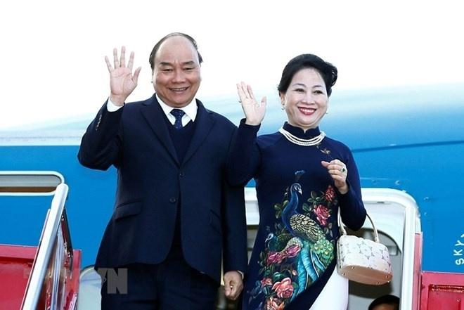 thu tuong nguyen xuan phuc va phu nhan len duong tham du hoi nghi cap cao asean lan thu 34