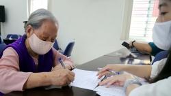 Tin tức trong ngày 1/5 mới nhất: Hàng trăm nghìn người nhận hỗ trợ từ gói 62.000 tỷ đồng tại Hà Nội