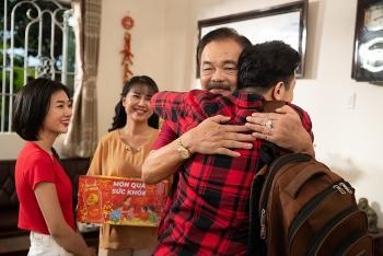 MV Tết của Trà Dr Thanh làm thổn thức trái tim triệu người con xa xứ