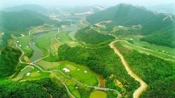 Mãn nhãn với sân golf có địa hình khó và đẹp bậc nhất Việt Nam.