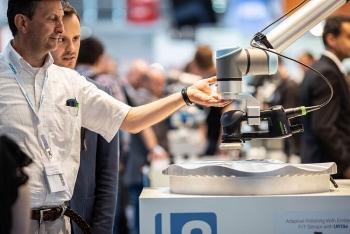 Tăng năng lực sản xuất và lợi thế cạnh tranh với cánh tay robot thông minh