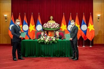 VinFast hợp tác với Phongsubthavy phân phối xe ô tô tại Lào