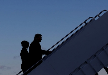 Những hình ảnh cuối của ông Trump trước khi rời ghế tổng thống Mỹ