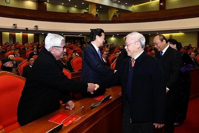 tong bi thu chu tich nuoc cac dong chi nguyen lanh dao cap cao la cho dua rat vung chac cho dang cho he thong chinh tri