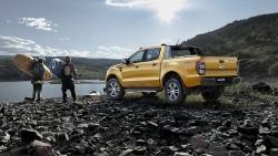 Ford Ranger Limited ra mắt với thiết kế mới, giá không đổi