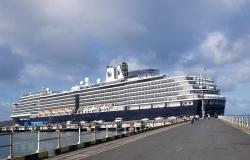 Lo ngại dịch corona, Malaysia cấm mọi tàu thuyền từ Trung Quốc cập cảng
