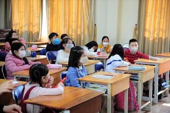 Hà Nội cho học sinh đi học lại từ ngày 2/3