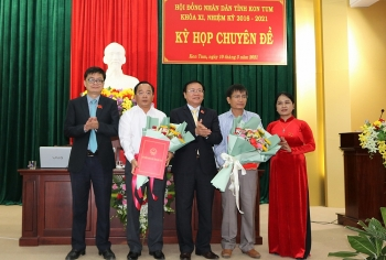 Kon Tum bầu tân Phó Chủ tịch tỉnh 49 tuổi