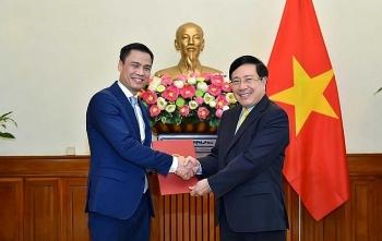 Chân dung ông Đặng Hoàng Giang - tân Thứ trưởng 44 tuổi của Bộ Ngoại giao