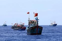 Trung Quốc lại ngang nhiên áp đặt lệnh cấm đánh bắt cá ở Biển Đông