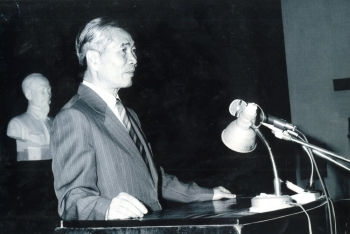 Bộ trưởng Nguyễn Cơ Thạch: Người sửa giáo trình, lên lớp dạy cán bộ ngoại giao