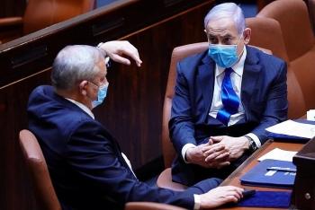 mot nghi si nhiem covid 19 israel dung hop quoc hoi