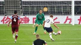 Kết quả, bảng xếp hạng Ngoại hạng Anh hôm nay 24/6: Tottenham áp sát top 5, Leicester hụt bước