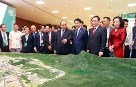 Thủ tướng Nguyễn Xuân Phúc: Hà Nội hướng tới là trung tâm của Đông Á và Đông Nam Á