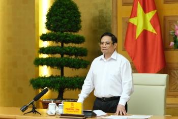 Thủ tướng Phạm Minh Chính: Phải sản xuất bằng được vaccine phòng chống COVID-19 để chủ động lo cho người dân