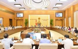 UBTV Quốc hội xem xét việc đưa SGK vào loại hàng hoá do nhà nước định giá