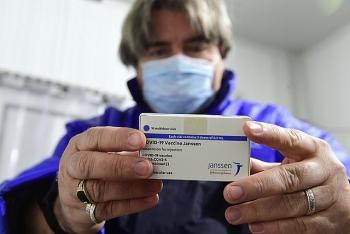 Thêm một loại vaccine phòng COVID-19 được phê duyệt có điều kiện
