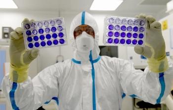 Hỗ trợ tối đa nghiên cứu phát triển vaccine phòng chống dịch COVID-19