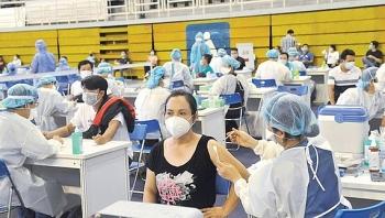 TP.HCM bắt đầu tiêm vaccine COVID-19 đợt 5 với 930 nghìn liều