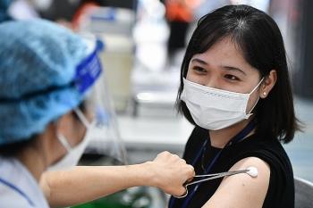 Đã tiêm hơn 1,8 triệu liều vaccine phòng COVID-19 ở 19 tỉnh, thành phía Nam
