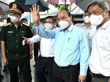 Chủ tịch nước Nguyễn Xuân Phúc: TP.HCM cần tiếp tục giãn cách xã hội thêm một thời gian nữa