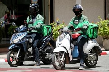 Hà Nội cho phép shipper hoạt động trở lại