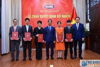 Bổ nhiệm lãnh đạo mới Bộ Ngoại giao, Ủy ban Quản lý vốn nhà nước tại doanh nghiệp