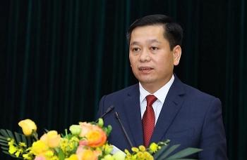 Chủ tịch tỉnh Bắc Kạn làm Bí thư Đảng ủy Khối Doanh nghiệp Trung ương