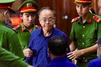 Ông Nguyễn Thành Tài bật khóc, xin lỗi người dân khi nói lời sau cùng