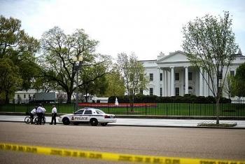 Mỹ điều tra phong bì chứa chất độc chết người gửi tới Nhà Trắng